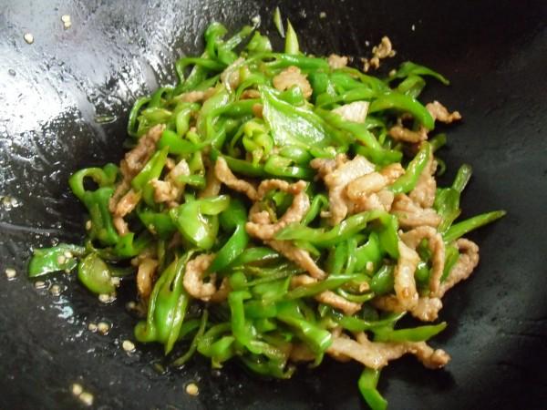 辣椒炒肉丝怎么炒