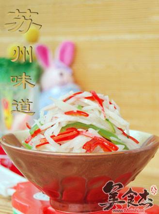 青红椒炒藕丝的做法
