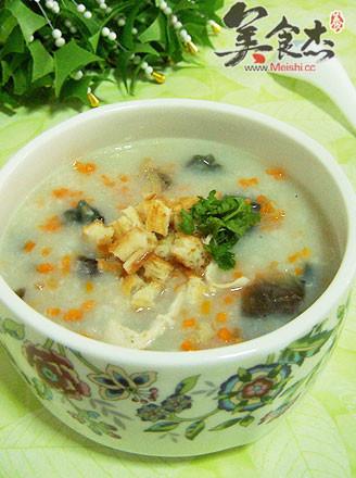 雞絲皮蛋蛤蜊干大米粥的做法