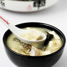 鳙鱼头海带汤
