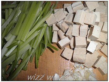 芹菜炒豆腐干的做法大全