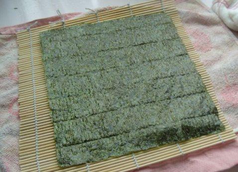 鸡肉香菇米饭紫菜卷怎么煮