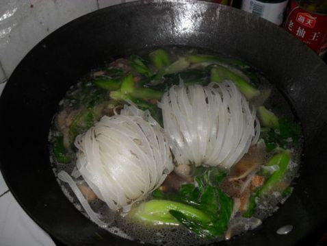 青菜咸肉汤粉怎么煮
