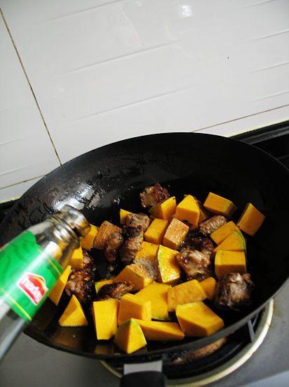 南瓜豆豉炒排骨怎样做