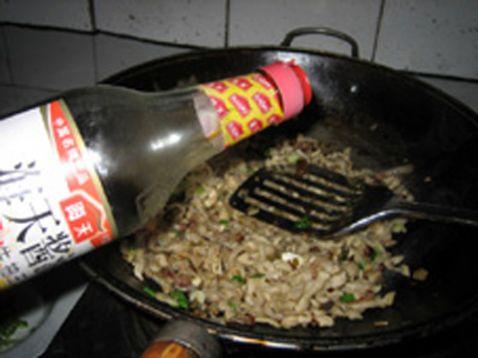 萝卜干炒腊肉怎么做