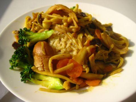 咖喱菌菇鸡丝饭怎么炒