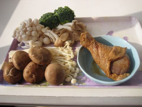 咖喱菌菇鸡丝饭的做法大全