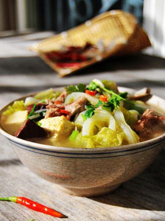豆腐猪血熬白菜的做法