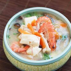 鲜虾菌菇汤