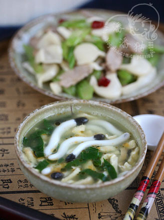 海蘑菇蛋丝汤的做法
