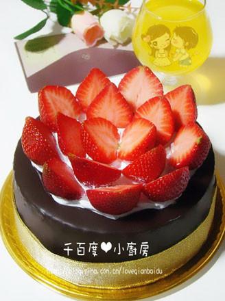 巧克力脆皮蛋糕_草莓巧克力脆皮蛋糕的做法_草莓巧克力脆皮蛋糕怎么做_千百度 ...