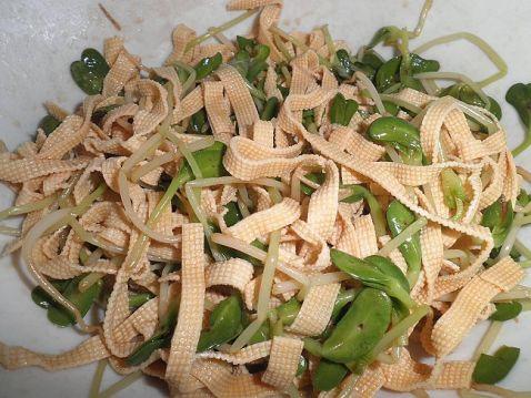 花生豆腐丝拌豆苗怎么煸