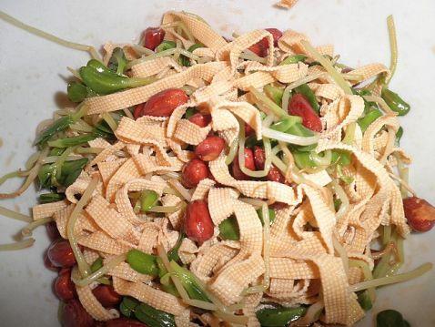 花生豆腐丝拌豆苗怎样做