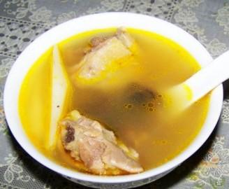 羊肚菌鸡汤的做法