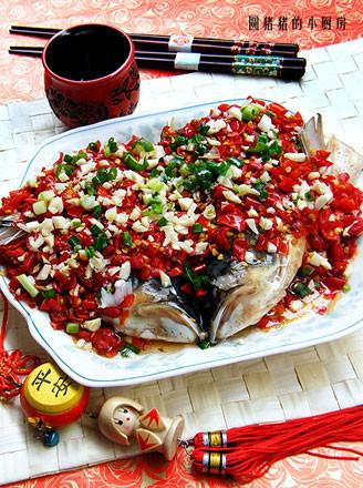 湖南剁椒鱼头的做法