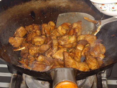 红烧肉土豆怎么炒