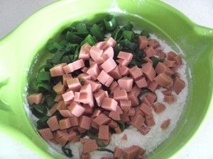 鸡蛋火腿早餐饼的家常做法