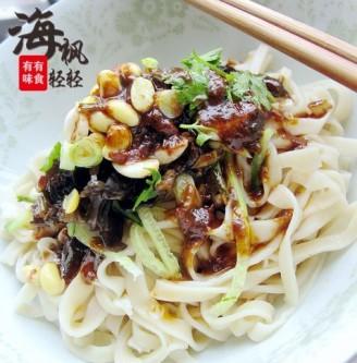 老北京手擀炸酱面的做法
