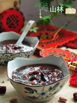 黑糯米红枣芸豆粥的做法