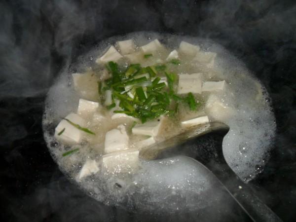 豆腐汤怎么吃