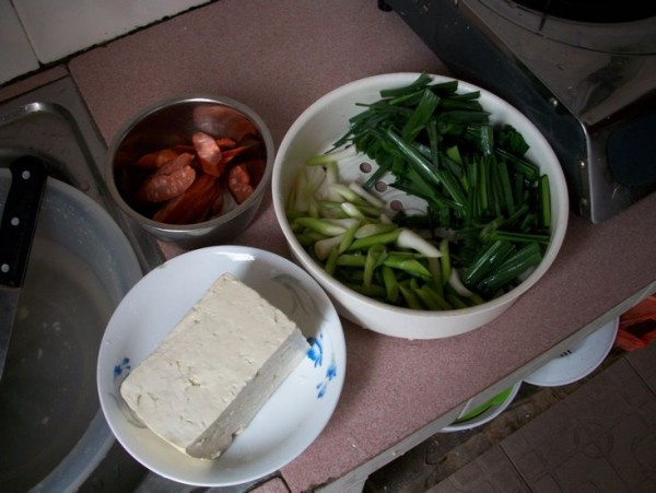 蒜苗炒豆腐的做法大全