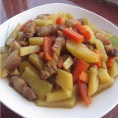 土豆胡萝卜炖肉