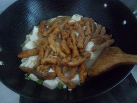 蒜苗酥菜炖豆腐怎么炒