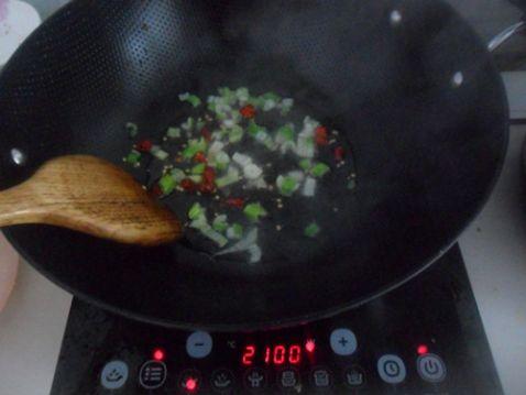 蒜苗酥菜炖豆腐怎么吃