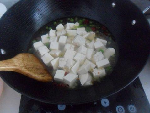 蒜苗酥菜炖豆腐怎么做