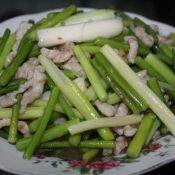蒜香蒜苔肉丝
