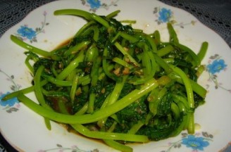 蒜蓉辣醬炒茼蒿的做法