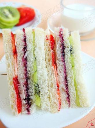 吐司水果三明治的做法