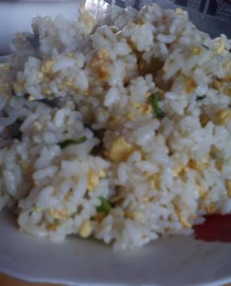 鸡毛菜蛋炒饭的做法