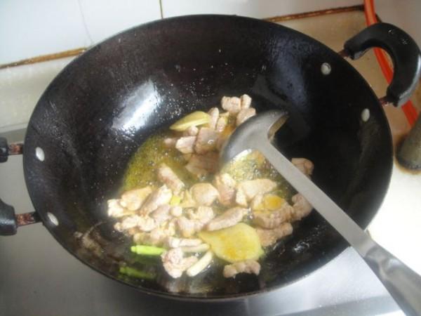 猪肉炖土豆胡萝卜的简单做法
