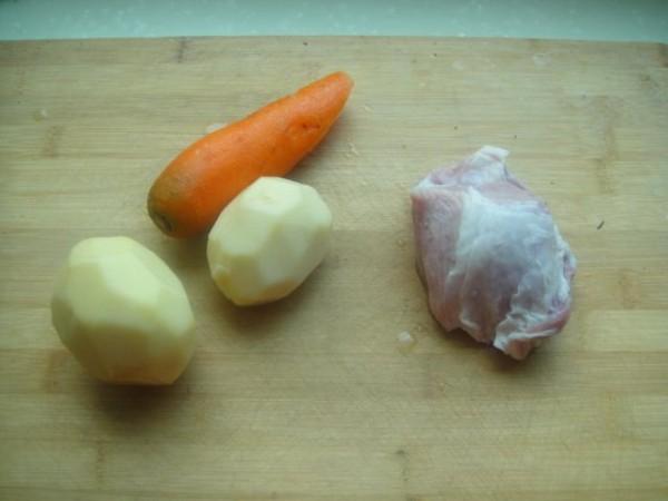 猪肉炖土豆胡萝卜的做法大全