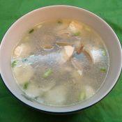 内酯豆腐花蛤汤