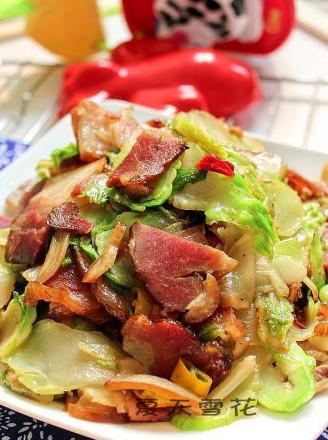 腊肉炒芥菜疙瘩的做法