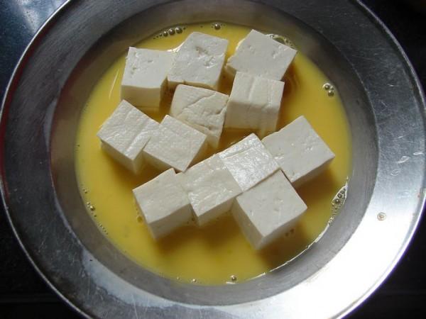金枪鱼咖喱豆腐的做法图解