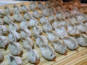 海米芹菜猪肉水饺的制作方法