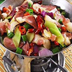 干锅青笋腊肉