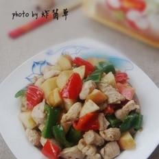 辣椒苹果炒鸡丁