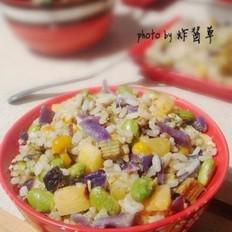 果香杂蔬炒饭