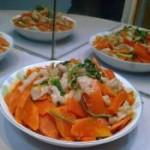 猪颈肉炒胡萝卜