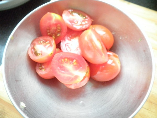 西红柿青椒炒茄子的家常做法