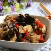 木耳姜片炒鸡