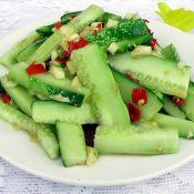 干锅白菜怎么做拌黄瓜的做法