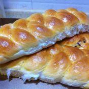 紅豆辮子大面包