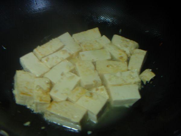 鲍汁烧豆腐怎么做