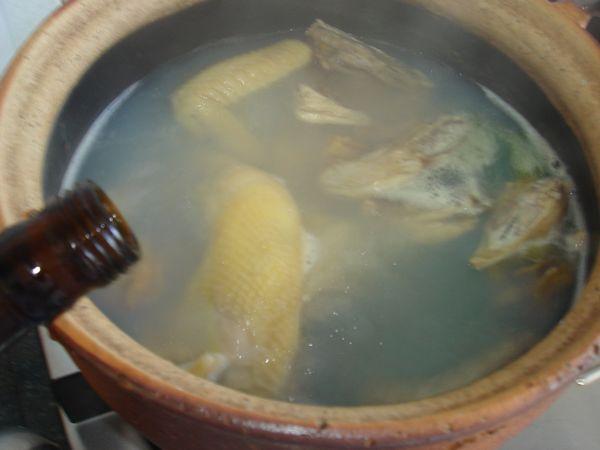 鲜鲍鱼煲鸡怎么煮