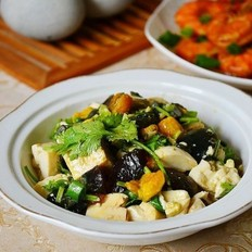 双蛋香菜拌豆腐